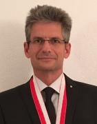 4-Daniel-Longaron